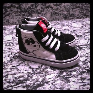 Like New Toddler Special Edition Snoopy Vans